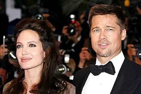 Angelina Jolien ja Brad Pittin perheeseen kuuluu jo kuusi lasta.