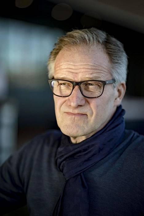 Taneli Mäkelä hyppää Jorma Ollilan saappaisiin.
