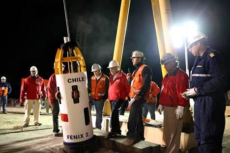 12. lokakuuta 2010 otetussa kuvassa näkyy Fenix 2 -pelastuskapseli, jonka avulla kaivosmiehet saatiin nostettua maan pinnalle kuilun kautta.
