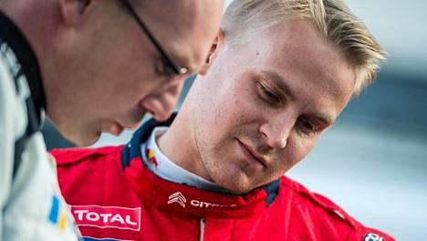Esapekka Lappi jäi ilman ajopaikkaa rallin MM-sarjassa.