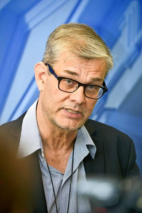 Ministeriön konsulipäällikkö Pasi Tuominen syrjäytettiin paikaltaan reilut kaksi viikkoa sitten.