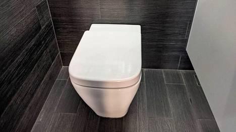 Äly voidaan asentaa tavalliseen vessanpönttöön.