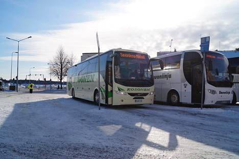 Bussiyhtiölle koronamatkustaja aiheutti paljon vahinkoa.
