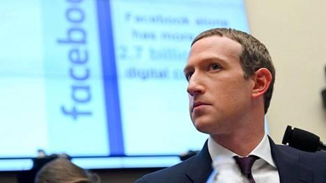 Facebookin perustaja ja toimitusjohtaja uskoo yhtiötä boikotoivien mainostajien palaavan pian.