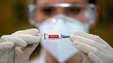 Kiinassa on annettu ihmisille kokeellisia rokotteita.