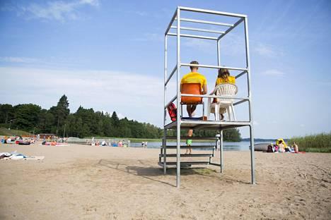 Uinninvalvoja on yksi monista urheilullisista tehtävistä, joihin johtava koulutus ei ole loputtoman pitkä.