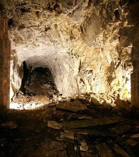 Berliinin maanalaiset tunnelit ovat kiehtoneet monia Hitler-tutkijoita. Tämän kuvan tunneli kuului Hitlerin loma-asuntokompleksiin Etelä-Saksan Obersalzbergissä.