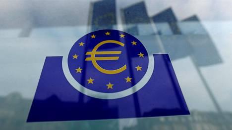 Euroopan keskuspankin logo Saksan Frankfurtissa. Kuvituskuva.