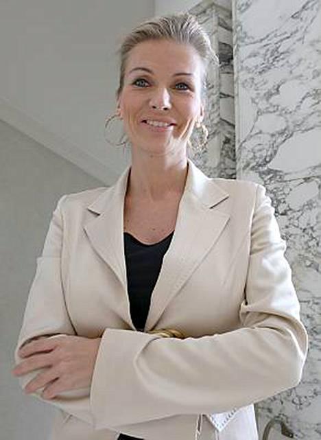 Tanja Karpela vietti vauhdikkaan illan.