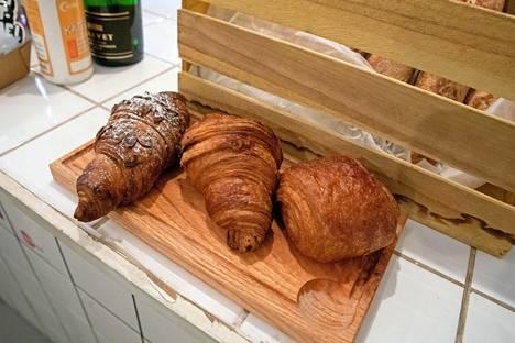 """–Oikeastaan eri leivosten ja tuotteiden """"veganisointi"""" ei ole ollut mitenkään haastavaa, kun meillä kaikilla on omaa kokemusta ruokavaliosta jo vuosien ajalta, Marine Moser kertoo."""