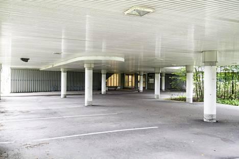 Matinkylän terveysaseman on suunnitellut arkkitehti Timo Suomalainen.