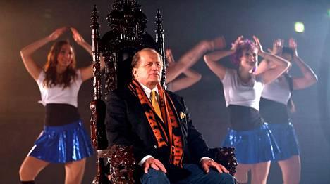 Tami Tammisesta kuvattiin musiikkivideota Porin Isomäen jäähallissa, taustalla tanssii Heartbeat dancers (Rauman Lukon Cheerleaderit)