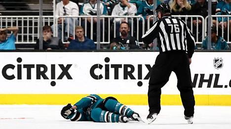 """NHL-valmentaja suivaantui kohuratkaisusta – tappio trillerissä oli liikaa: """"Näitte, mitä tapahtui sen jälkeen"""""""