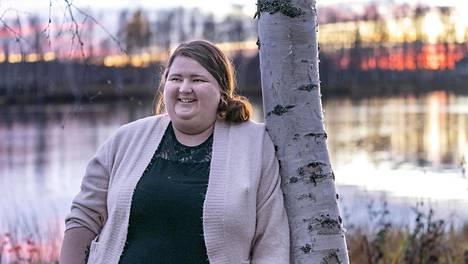 Rovaniemeltä kotoisin oleva Meri-Tuulia Särkiniva on ollut kahdeksan kuukautta savuton. Lopullinen lopettamispäätös syntyi koronan vuoksi.