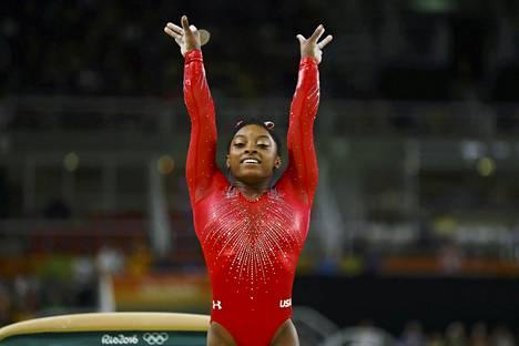 Simone Biles jahtaa Riosta viittä olympiakultaa.