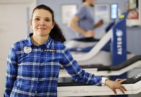 Lääkäri Maarit Valtonen järkyttyi Mona-Liisa Nousiaisen syövästä.
