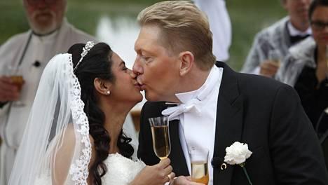 Jane ja Vesa avioituivat kesäkuussa.