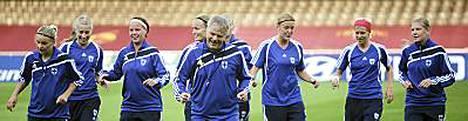 Suomalaista naisjalkapalloilua arvostetaan Yhdysvalloissa.