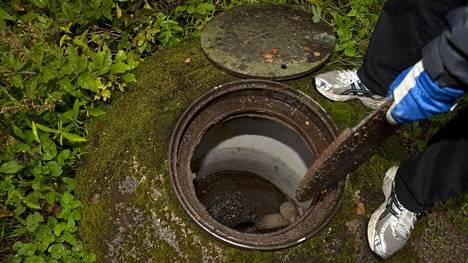 """Jätevesilakia, eli tuttavallisemmin """"paskalakia"""" on perusteltu ympäristönsuojelulla."""