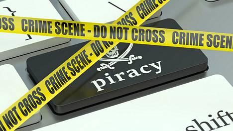 Markkinaoikeuteen tehdään kuukausittain useita hakemuksia teleliittymän haltijan yhteystietojen saamiseksi epäillyissä piratismitapauksissa.