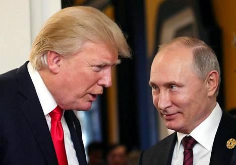 Trump ja Putin tapasivat ensi kertaa presidentteinä marraskuussa 2017.