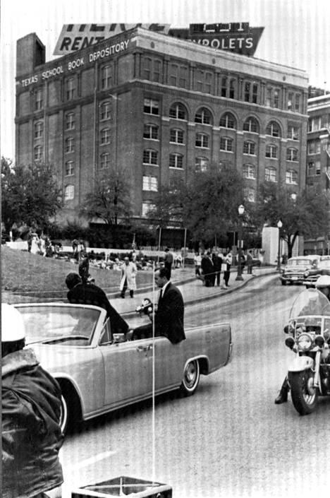 John F. Kennedyn murha 1963, lavastus.