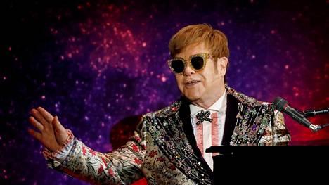 Elton John ilmoitti viimeisestä maailmankiertueestaan tiistaina New Yorkissa.