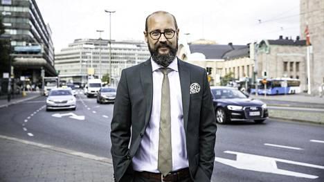 WLTP-mittaus korvaa NEDC:n. –Kyse ei ole yksittäisten automallien hintojen noususta, vaan nimenomaan keskiarvon pitää olla veroneutraali, Autotuojat ja -teollisuus ry:n toimitusjohtaja Tero Kallio sanoo.
