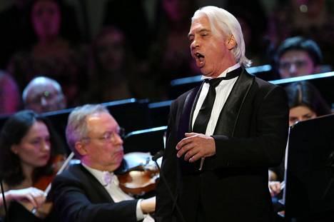 Dmitri Hvorostovski vieraili Suomessa konsertoimassa viimeksi syksyllä 2016. Hän jätti oopperalavat jo pari vuotta sitten, mutta jatkoi konserttilaulajana. Kuva kesäkuulta, eräästä baritonin viimeisistä konserteista.