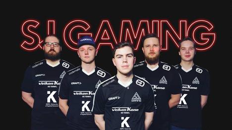 SuperJymy on nyt SJ Gaming. Kuvassa CS-joukkueen pelaajat (v-o): Mikko Välimaa, Tony Niemelä, Tuomas Louhimaa, Jesse Grandell ja Elias Olkkonen.