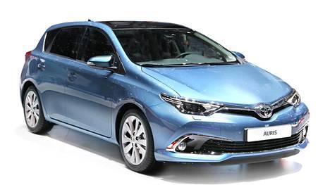 Toyotan Auris-mallit ovat tilastojen perusteella varsin yleinen näky Suomen teillä. Harvinaisempaa on kuitenkin se, että tuliterän auton ostaja on vasta 18-vuotias.