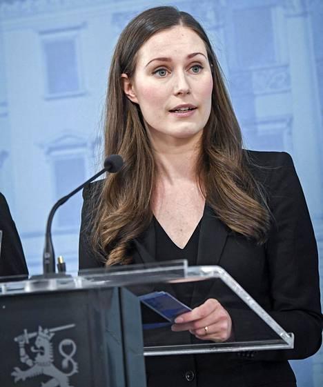 Pääministeri Sanna Marin uuden hallituksen tiedotustilaisuudessa tiistaina.