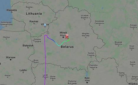 Lentografiikasta näkee, miten Ateenasta lähtenyt kone oli suoraan matkalla kohti Vilnaa, kunnes se juuri ennen Liettuan rajaa kääntyi ja päätyikin välilaskuun Minskiin.