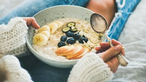 Kuitupitoinen ruokavalio sisältää terveellisiksi tiedettyjä ainesosia.