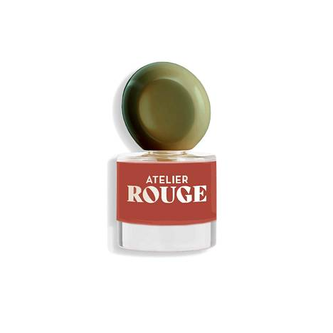 Atelier Rouge -kynsilakat, 9,90 € / 8 ml, Kicks. Kuvassa sävy Perfect Knitwear, saatavilla useita eri sävyjä.