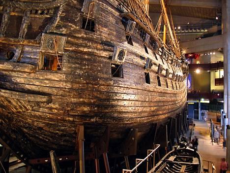 Vasa-laiva kaatui 10.8.1628 Tukholman edustalla ja upposi. Vuonna 1961 se nostettiin ja museoitiin.