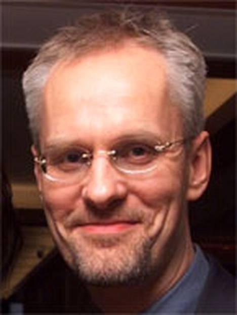 Petri Sarvamaa, 49, työskentelee A-studion toimitussihteerinä.