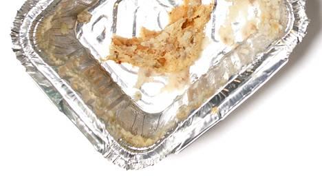Alumiinivuoasta pitää poistaa ruuantähteet ennen keräykseen viemistä. Metallinkeräyksen jätteistä tehdään uusia metallituotteita.