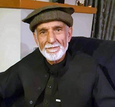 Haji Daoub Nabin kerrotaan suojelleen toista moskeijassa ollutta, kun hänet ammuttiin.