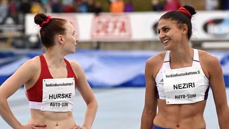 Reetta Hurske (vas.) ja Nooralotta Neziri onnistuivat erinomaisesti lauantaina Puolassa.