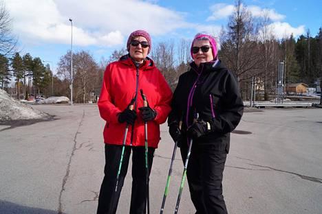 Anne Nenonen ja Eija Juga ovat tietoisia Ruokolahden jättipoteista, mutta eivät niiden voittajista.