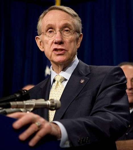 Senaatin enemmistöjohtaja, demokraatti Harry Reid laittoi alulle ensimmäisen vakavan ufotutkimuksen vuonna 2007. Projekti paljastui vasta vuonna 2017.