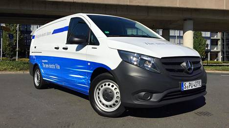 Mercedes Mini Van >> Mercedes Benz Evito Tuo Sahkoa Kuljetuksiin Jo Tilatessa