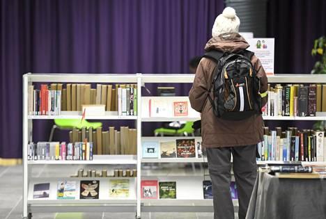 Kirjastojen toimintaa rajataan pääkaupunkiseudulla.