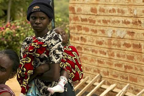 Yhdysvallat on lopettamassa Kenian hiv-projektin tukemista, mikä uhkaa pahentaa Kenian hiv-tilannetta.