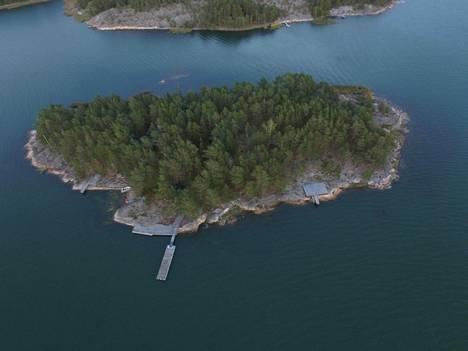Airiston Helmelle kuuluva Getgrundin saari.