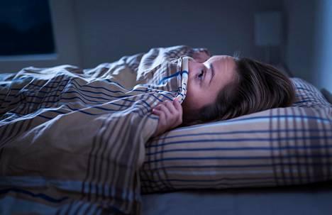 """Pikkusiskoni heräsi aamuyöllä painajaiseen, jossa kuulemma """"kaikki olivat kuolleet"""", kertoo yksi lukijoista."""