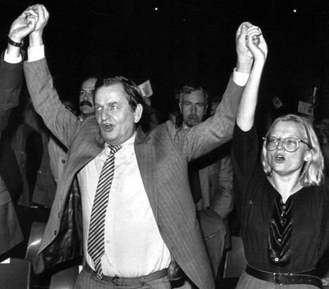 Olof Palme ja Anna Lindh vuonna 1984.