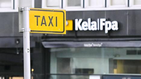 Kilpailu- ja kuluttajavirasto kertoi alkuviikosta epäilevänsä Kela-taksien välitykseen liittyvää kartellia.