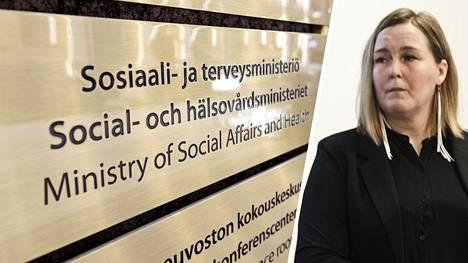 Sosiaali- ja terveysministeriön viestintäjohtaja Vivikka Richt.